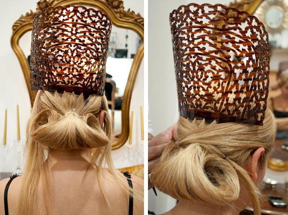 Imagen de colocacion en cabello de una peina